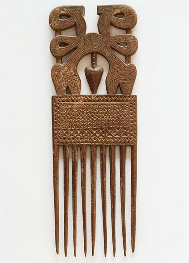 Womans' combs - Ashanti - Gold Coast (Ghana)